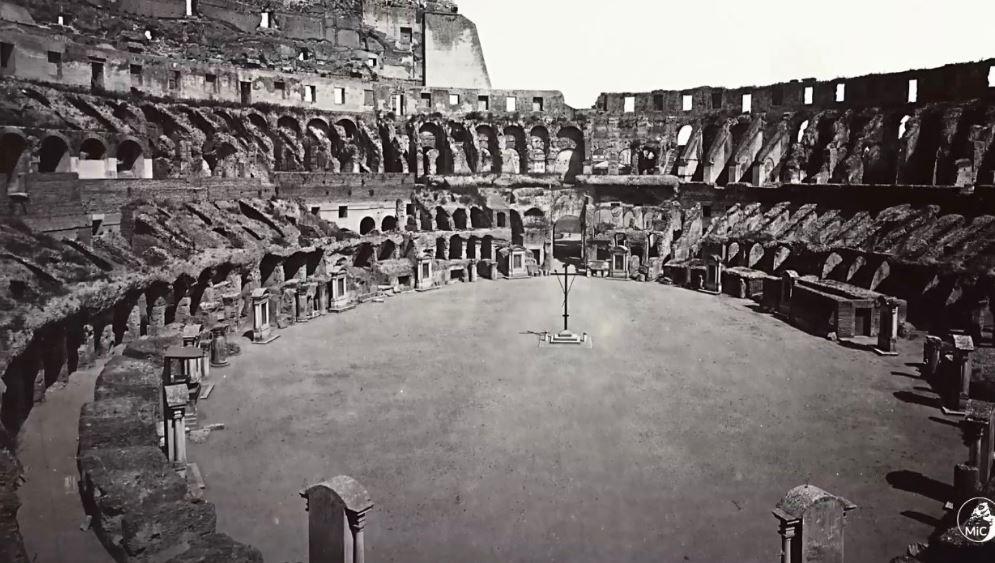 De vloer van het colosseum tot 800.