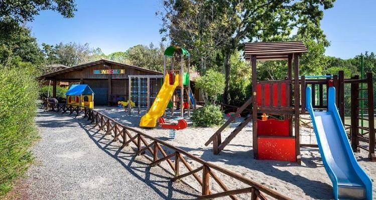 Montescudaio Village miniclub en speeltuin