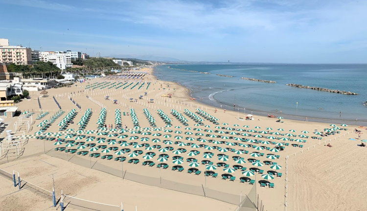 Termoli strand
