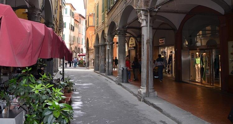 shoppen in Borgo Stretto Pisa