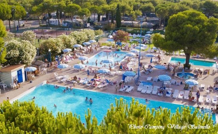 zwembad Camping Village Salinello
